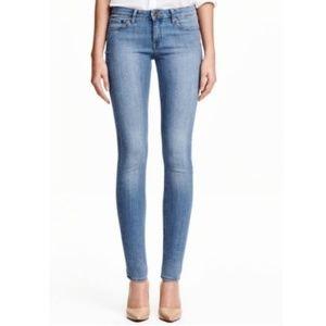 h&m womens 26 supper skinny jeans low waist light